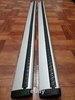 Thule ARB47 Roof Rack aeroblade silver